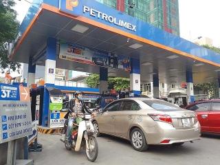 Giá xăng tăng nhẹ, vượt 15.000 đồng/lít từ chiều nay (12/10)
