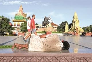Đường đến thịnh vượng của Đông Nam Á khó khăn hơn