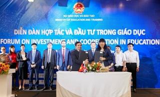 Trường Đại học Nguyễn Tất Thành ký kết hợp tác với ICAEW, hướng tới hội nhập quốc tế trong giáo dục