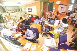 Kinh doanh ngân hàng 2020: Nỗ lực trong thế khó