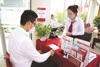 Agribank chi nhánh Quảng Trị: Chia sẻ gánh nặng tài chính cho khách hàng
