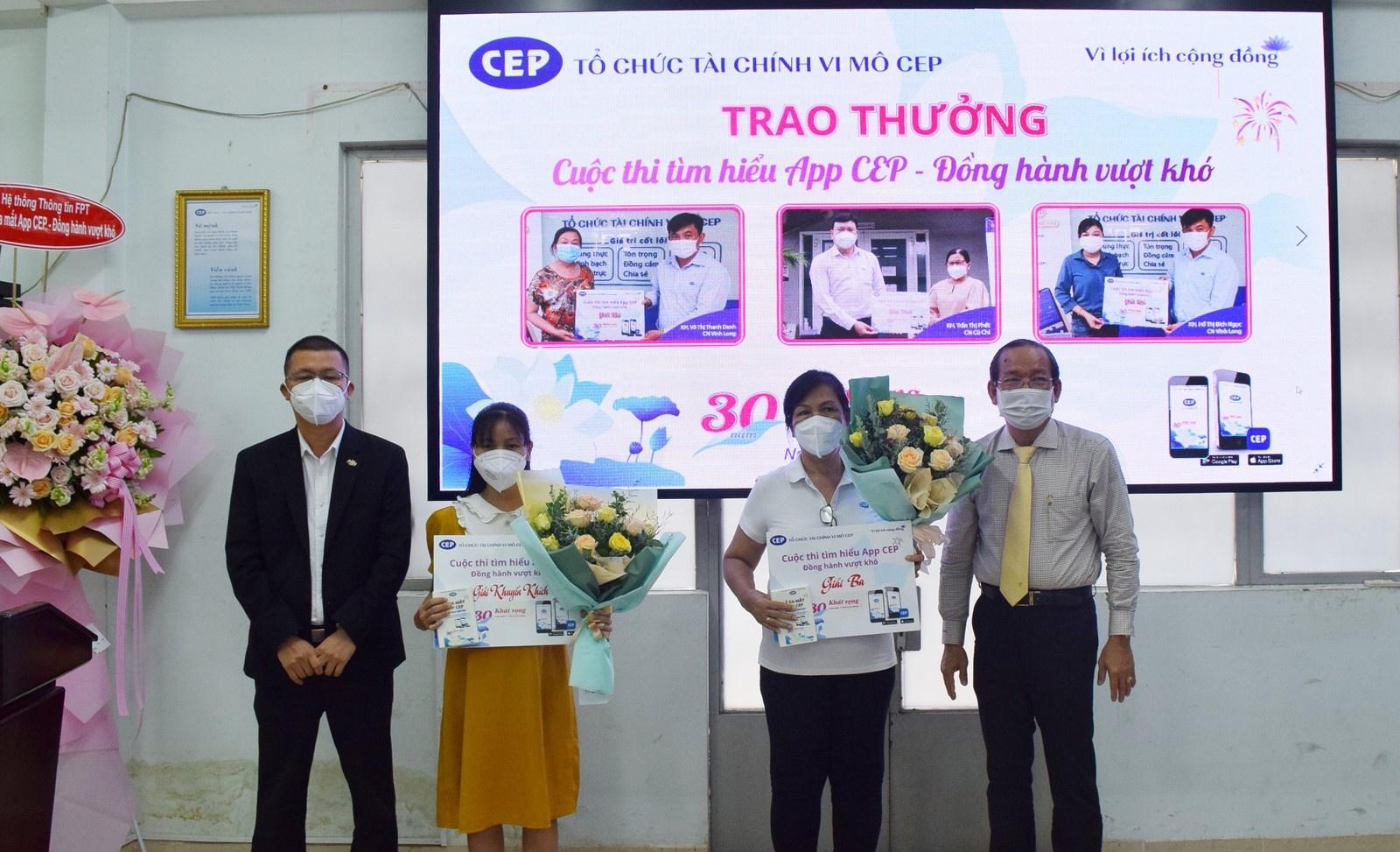 cep trien khai app di dong dong hanh vuot kho