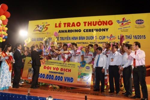 CLB Bangu Atletico lên ngôi vô địch Cup Number 1