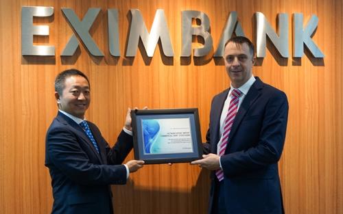 Eximbank được vinh danh trong lĩnh vực thanh toán quốc tế