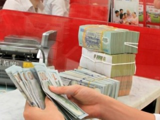 Nhiều ngân hàng TMCP tiếp tục giữ nguyên giá mua – bán USD