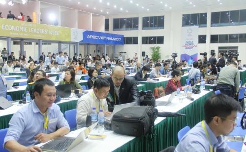 Hôm nay, Tuần lễ Cấp cao APEC 2017 diễn ra nhiều sự kiện