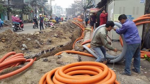 Hà Nội tiếp tục thanh thải, hạ ngầm cáp viễn thông tại khu vực phố cổ
