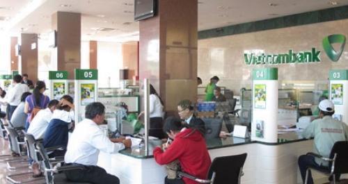 Vietcombank bất ngờ giảm lãi suất huy động