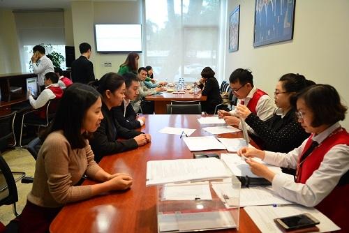Vietcombank chào bán thành công cổ phần của SaigonBank và CFC