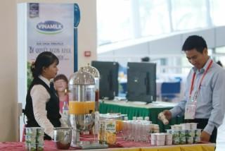 Nước trái cây Vresh 100% - Nguồn Vitamin tự nhiên cho người bận rộn