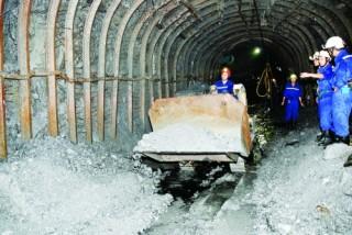 Thu thuế tài nguyên: Nhà nước sợ sót, doanh nghiệp kêu chặt