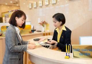Gửi tiết kiệm ngân hàng lãi cao còn có cơ hội trúng thưởng lớn