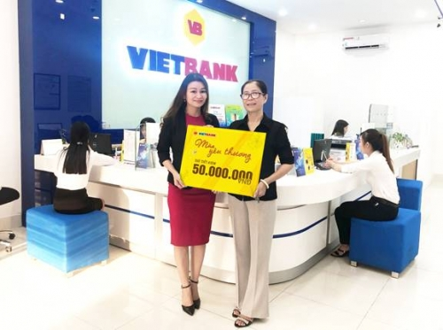 Nhiều khách hàng may mắn trúng 50 triệu đồng tại Vietbank