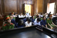 Tiếp tục xét xử bị cáo Hứa Thị Phấn