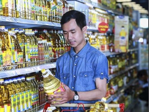 Người Việt đang dùng nhiều dầu ngoại