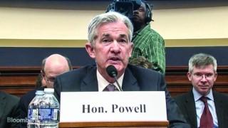 Chủ tịch Fed phát tín hiệu dừng tăng lãi suất