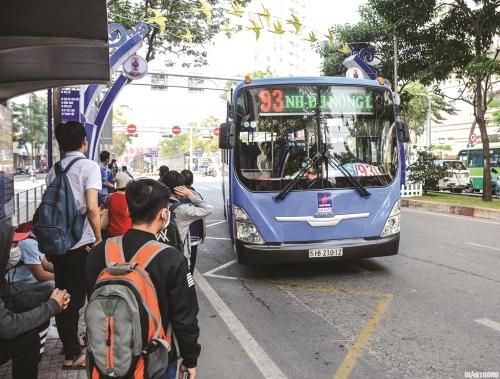 Nan giải bài toán xe buýt