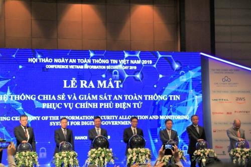 bo tttt khai truong he thong chia se va giam sat thong tin phuc vu chinh phu dien tu