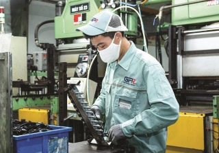 Hỗ trợ doanh nghiệp tiếp cận nguồn vốn phục hồi sản xuất