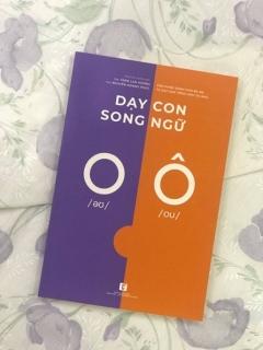 Ra mắt sách tiếng Việt dạy song ngữ cho trẻ nhỏ