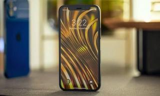 iPhone 12 mini: Nhỏ xinh, pin kém