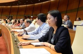 Quốc hội thông qua Luật Cư trú (sửa đổi): Sổ hộ khẩu được sử dụng đến hết năm 2022