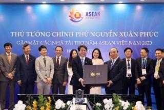 Thủ tướng Nguyễn Xuân Phúc: Các doanh nghiệp phát huy được tinh thần doanh nhân Việt Nam