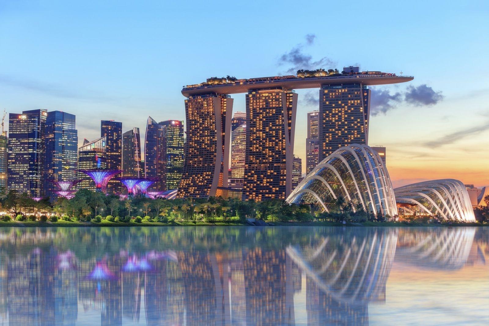 kinh te singapore du kien se phuc hoi vao nam 2021