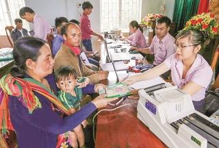 Đội ngũ nữ cán bộ Ngân hàng Chính sách xã hội luôn đầy nhiệt huyết với công tác an sinh xã hội