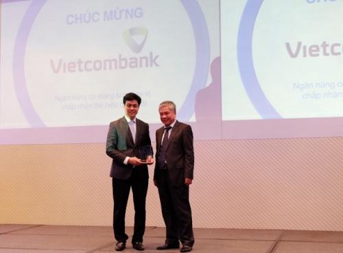 Vietcombank được vinh danh trong lĩnh vực thẻ NH