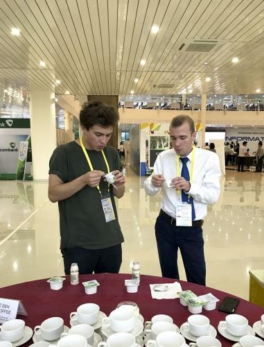 Sữa chua Vinamilk tự hào đồng hành cùng hàng triệu người tiêu dùng Việt