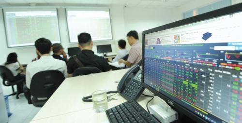 Chứng khoán chiều 11/12: Thị trường hoảng loạn, VN-Index mất gần 23 điểm