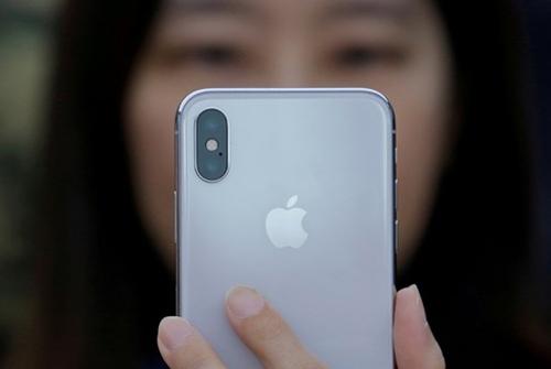 Apple ra iOS 11.2.1 khắc phục lỗi camera iPhone lấy nét sai