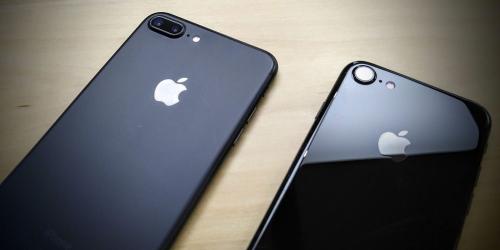 iPhone năm sau sẽ có lưng kim loại, nhiều màu nhưng không có sạc không dây?