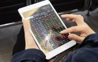Chứng khoán sáng 18/12: Giao dịch sôi động, VN-Index tăng vọt gần 16 điểm
