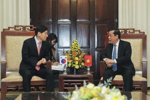 Đẩy mạnh hợp tác giữa NHTW hai nước Việt Nam - Hàn Quốc