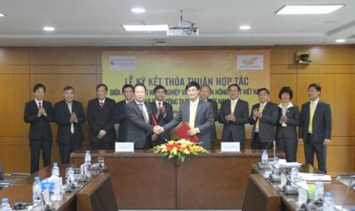 Agribank và VNPost ký kết thỏa thuận hợp tác
