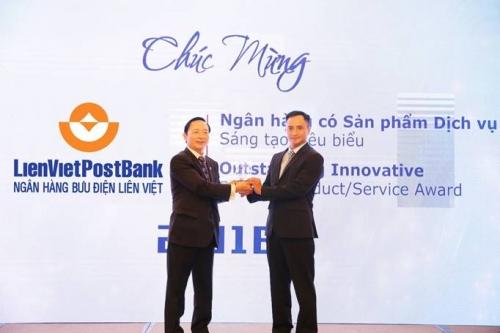 LienVietPostBank nhận cú đúp giải thưởng ngân hàng tiêu biểu
