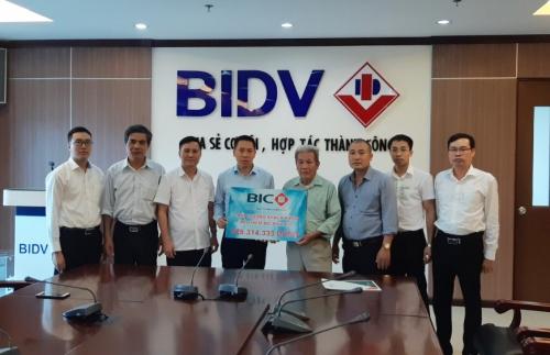 BIC chi trả hơn 500 triệu đồng quyền lợi bảo hiểm cho cán bộ BIDV Bắc Hải Dương