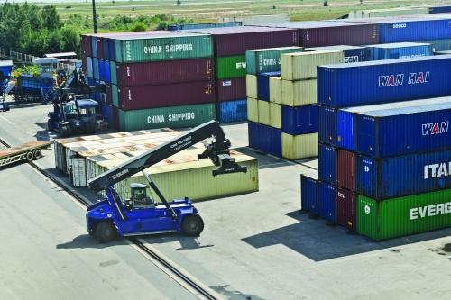 Tận dụng lợi thế, ưu tiên phát triển logistics