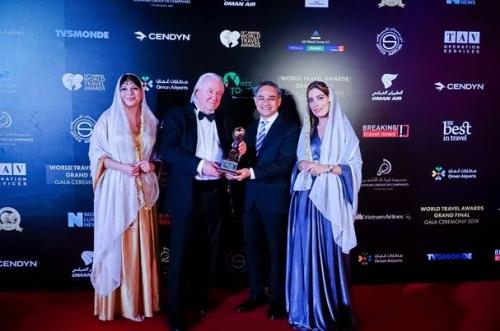 """Vietravel nhận giải thưởng """"Nhà điều hành tour du lịch trọn gói hàng đầu thế giới 2019"""""""