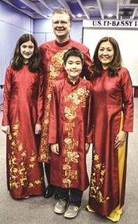 Cần bảo vệ di sản văn hóa áo dài Việt Nam