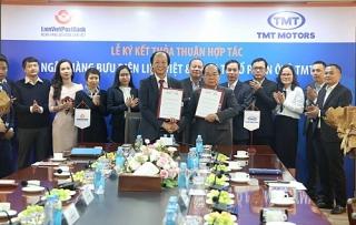 LienVietPostBank và Công ty cổ phần Ô tô TMT ký kết thỏa thuận hợp tác