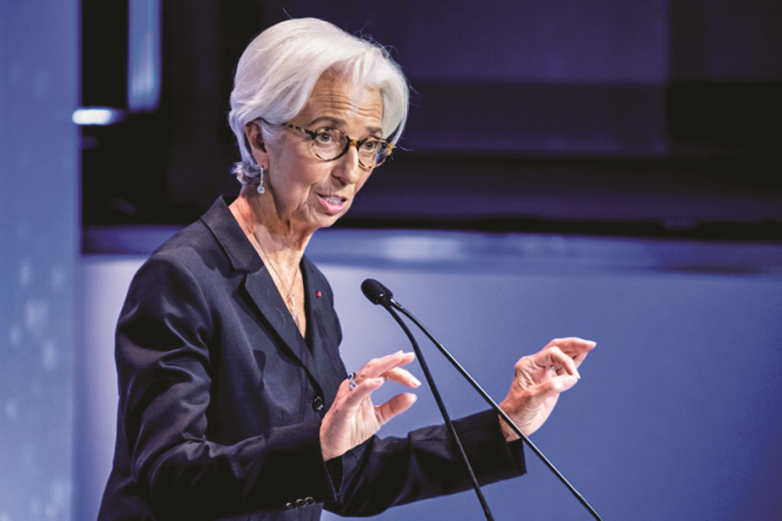 Chủ tịch ECB kêu gọi các quốc gia thành viên nỗ lực hơn