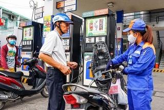 Giá xăng tăng nhẹ ngày cuối năm