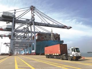 Thực hiện thu phí hạ tầng cảng biển