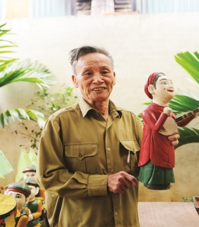 """""""Thủ lĩnh"""" phường rối Chàng Sơn"""