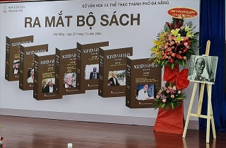 """Ra mắt """"Nguyễn Văn Xuân toàn tập"""""""