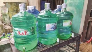 Bất ổn thị trường nước uống đóng chai