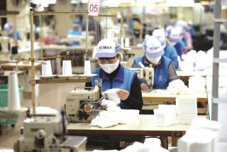 Dệt may Việt Nam: Nỗ lực thực hiện mục tiêu xuất nhập khẩu